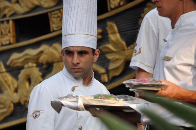 Екатеринбуржцы увидят бегущих официантов на гастрономическом фестивале