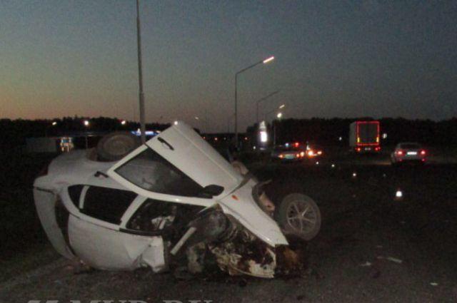 В аварии выжил один пассажир иномарки.