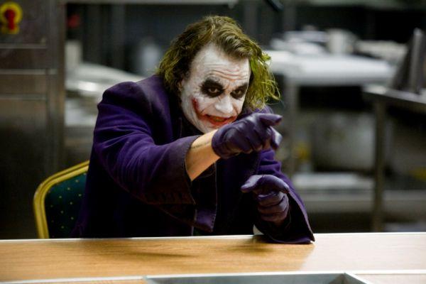 На шестом месте – Джокер – главный противник Бэтмена.