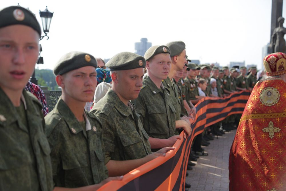 Особое значение пребывания святыни в России в том, что это событие произошло в год 70-летия Победы в Великой Отечественной войне.