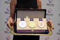Официальная презентация дизайна медалей состоялась за 100 дней до Игр BAKU2015 (Азербайджан). До этого момента участники тендера работают в условиях полной конфиденциальности.