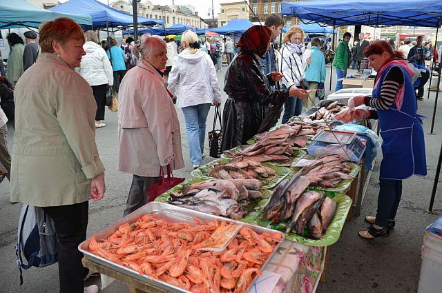 Дары моря на продовольственной ярмарке.