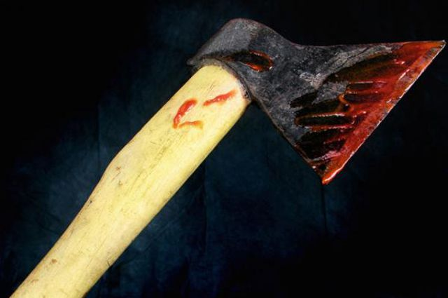 Топор стал орудием убийства нескольких человек.