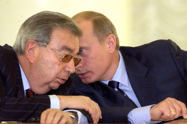 19 декабря 1999 Примаков был избран депутатом Государственной думы Российской Федерации третьего созыва. Председатель фракции «Отечество — Вся Россия».