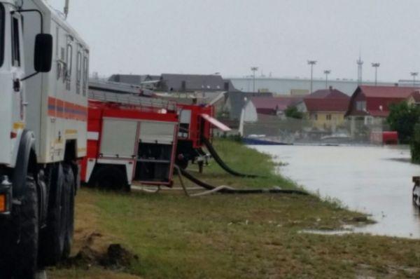 На помощь сочинским спасателям прибыли коллеги из разных районов Кубани.