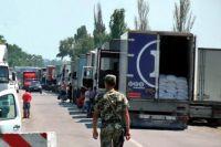 На въездах в Крым образовались очереди грузовиков
