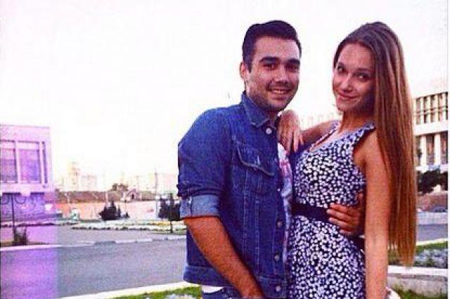 Александр и Анна на фоне родного города.