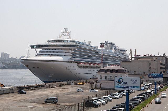 В открытый порт Владивосток такие лайнеры будут заходить чаще.