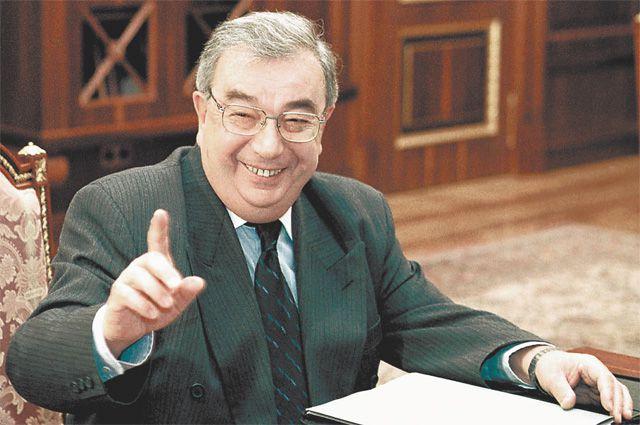 Мудрость и достоинство - те качества Евгения Максимовича, которые запомнились всем.