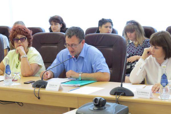 О результатах работы органов местного самоуправления Димитровграда по реализации антикоррупционной политики  рассказал Глава городской администрации Юрий Чибисов.