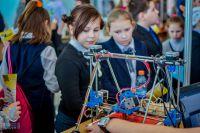 Ульяновские школьники приобщаются к научно-техническому творчеству в рамках Молодёжного  инновационного форума Приволжского федерального округа (прошёл в УлГТУ в мае 2015 года).