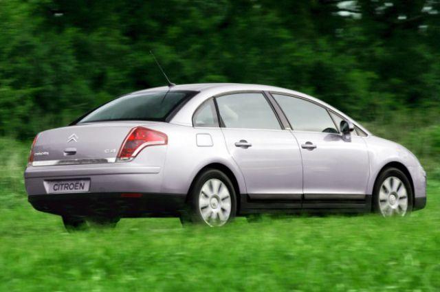 На Луганщине владельцы элитных авто должны уплатить в этом году более 3 млн. грн. транспортного налога — ОстроВ