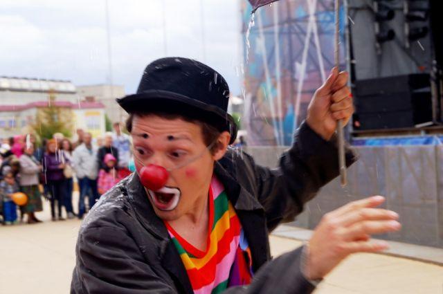 Уличный театр откроется в День города Омска.