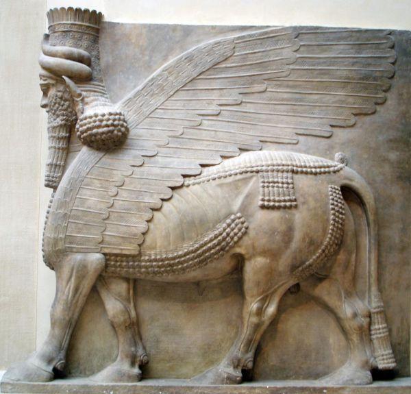Хорсабад – поселение на севере Ирака, на его месте 2700 лет назад была столица Ассирии Дур-Шаррукин. Согласно сообщениям от 8 марта 2015 года, боевики уничтожили несколько памятников и разграбили музеи. Судьба главной достопримечательности города — дворца Саргона II, пока остается неизвестной.