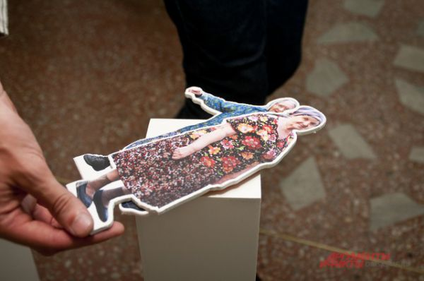 Старость и красота. Выставка Игоря Гавара «Бабушки идут» открылась в Омске.