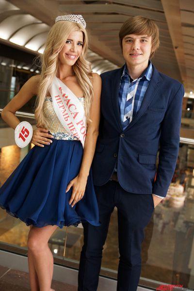 Стоит отметить, что молодой человек Марии Курлищук – известный пермский изобретатель и бизнесмен Олег Кивокурцев, создатель знаменитого промобота.
