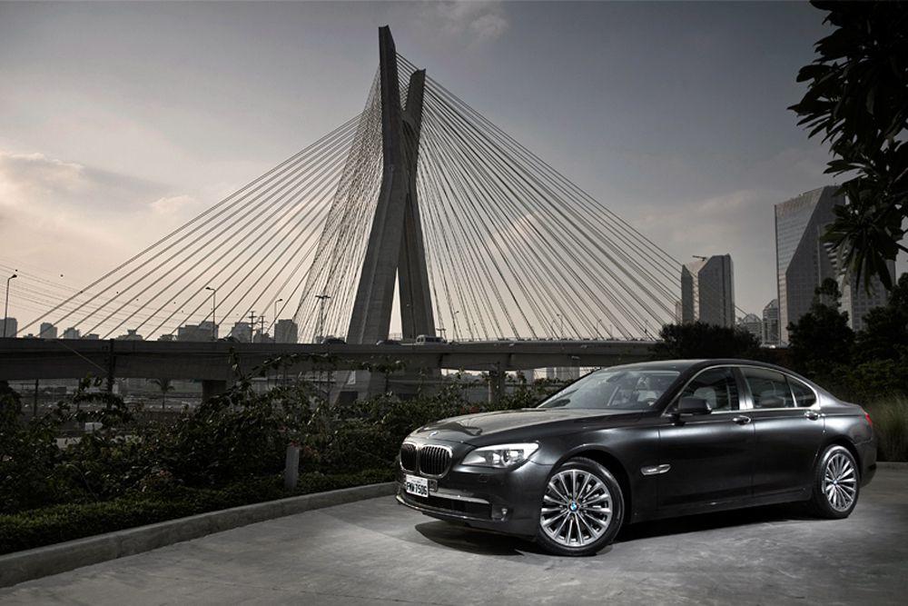 BMW 7-й серии.