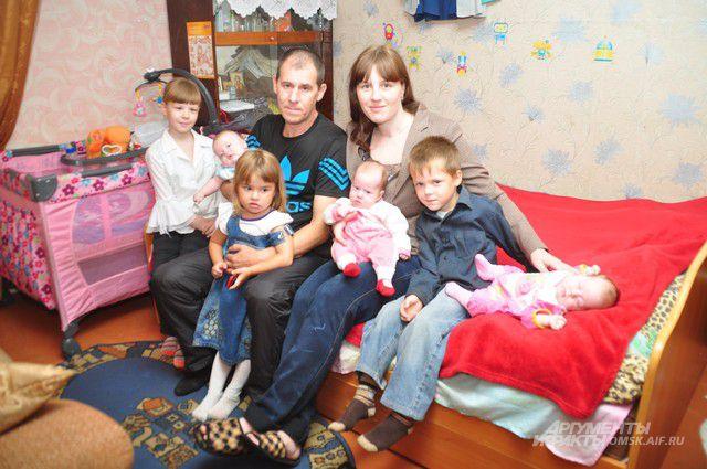 В семье Шаламеевых теперь воспитывают шесть детей.