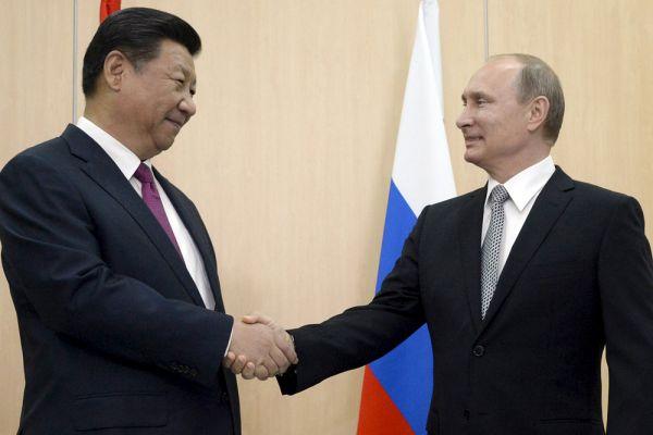 Президент Российской Федерации Владимир Путин и Председатель Китайской Народной Республики Си Цзиньпин.