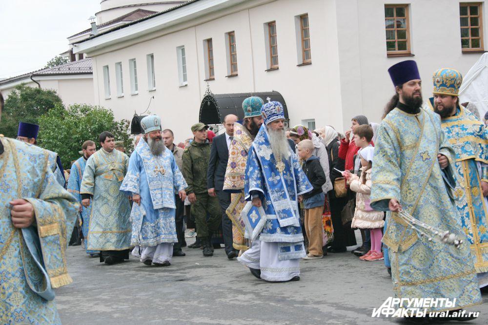 В крестном ходе, безусловно, принимал участие и митрополит Екатеринбургский и Верхотурский Кирилл.