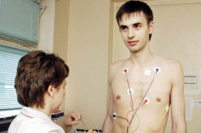В крае работают 19 специализированных отделений и центров по борьбе с сердечно-сосудистыми заболеваниями.