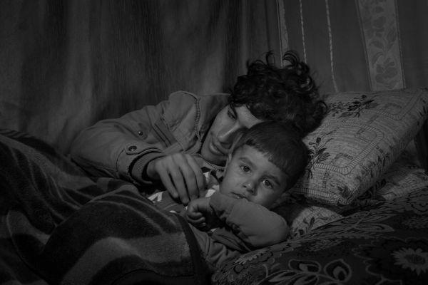 Муалех и его брат Ахраф бежали в Ливан из Хомса. Они надеются переехать в Канаду.