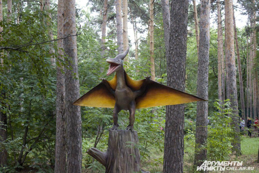 Рептилии не летали по-настоящему, но могли парить при помощи кожистых крыльев