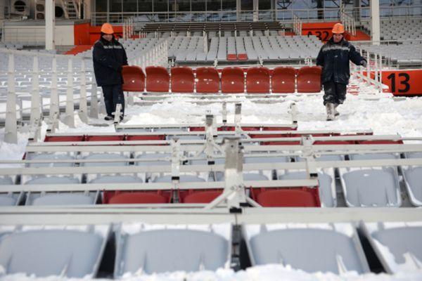 Следует отметить, что ранее FIFA изменила свои требования к вместимости стадионов, принимающих ЧМ. Теперь на стадионе должно быть 35 тысяч зрительских мест, а не 45 тысяч. В связи с этим ранее утвержденный проект изменился.