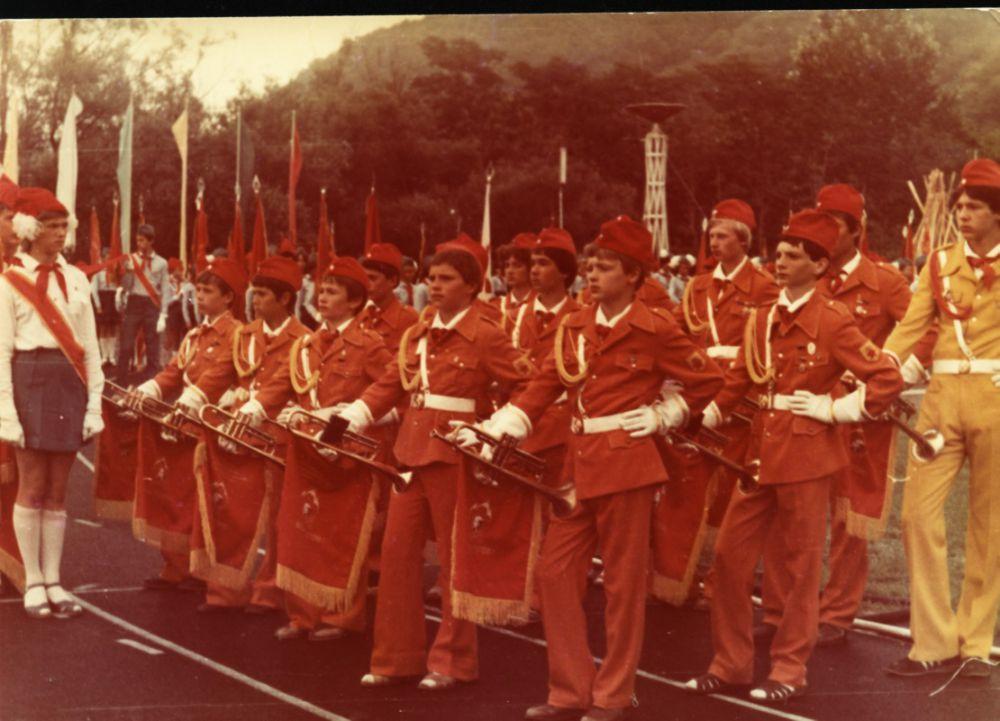 Горнисты и барабанщики. Московский городской дворец пионеров. 1984 год.