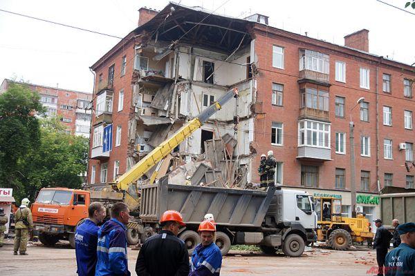 Частичное обрушение дома произошло в шесть утра  в Перми по улице Куйбышева, 103.