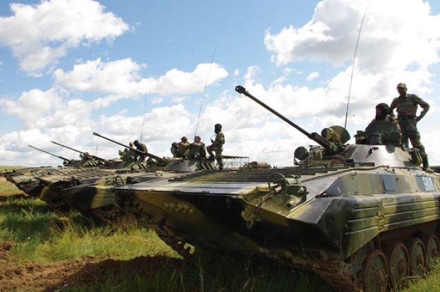 Китайские разведчики прибыли в Новосибирск для участия в военном конкурсе