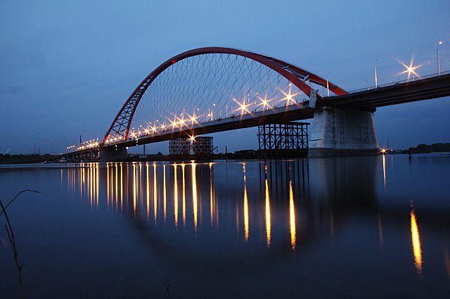 Новосибирец снял Бугринский мост квадрокоптером с высоты птичьего полета