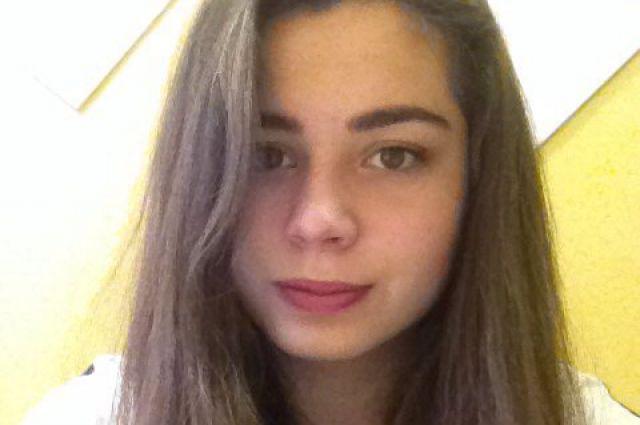 На фото - погибшая Алена Путилова.
