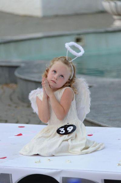 Конкурс «Детская супермодель России 2015»: ангелочек Арина Обухова.