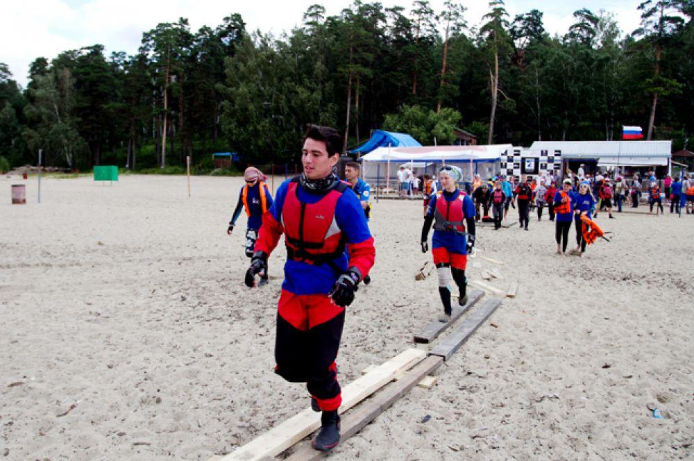 В день соревнований в городе было прохладно, но никакая непогода не смогла остановить смельчаков.