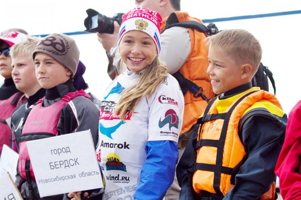 На состязания приехали ребята из разных городов России: Новосибирска, Томска, Омска, Барнаула, Екатеринбурга.