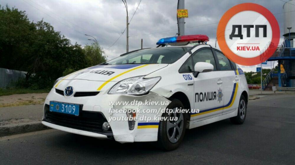 Наша полиция нас бережет: ДТП с участием украинских полицийских
