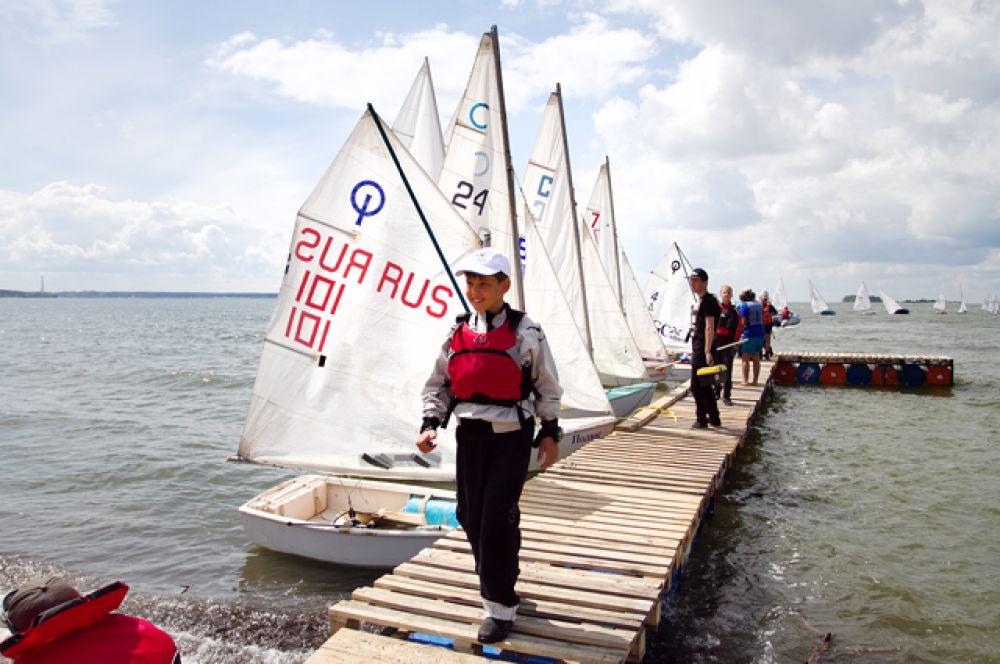 Победителями гонки стала команда из Новосибирска.