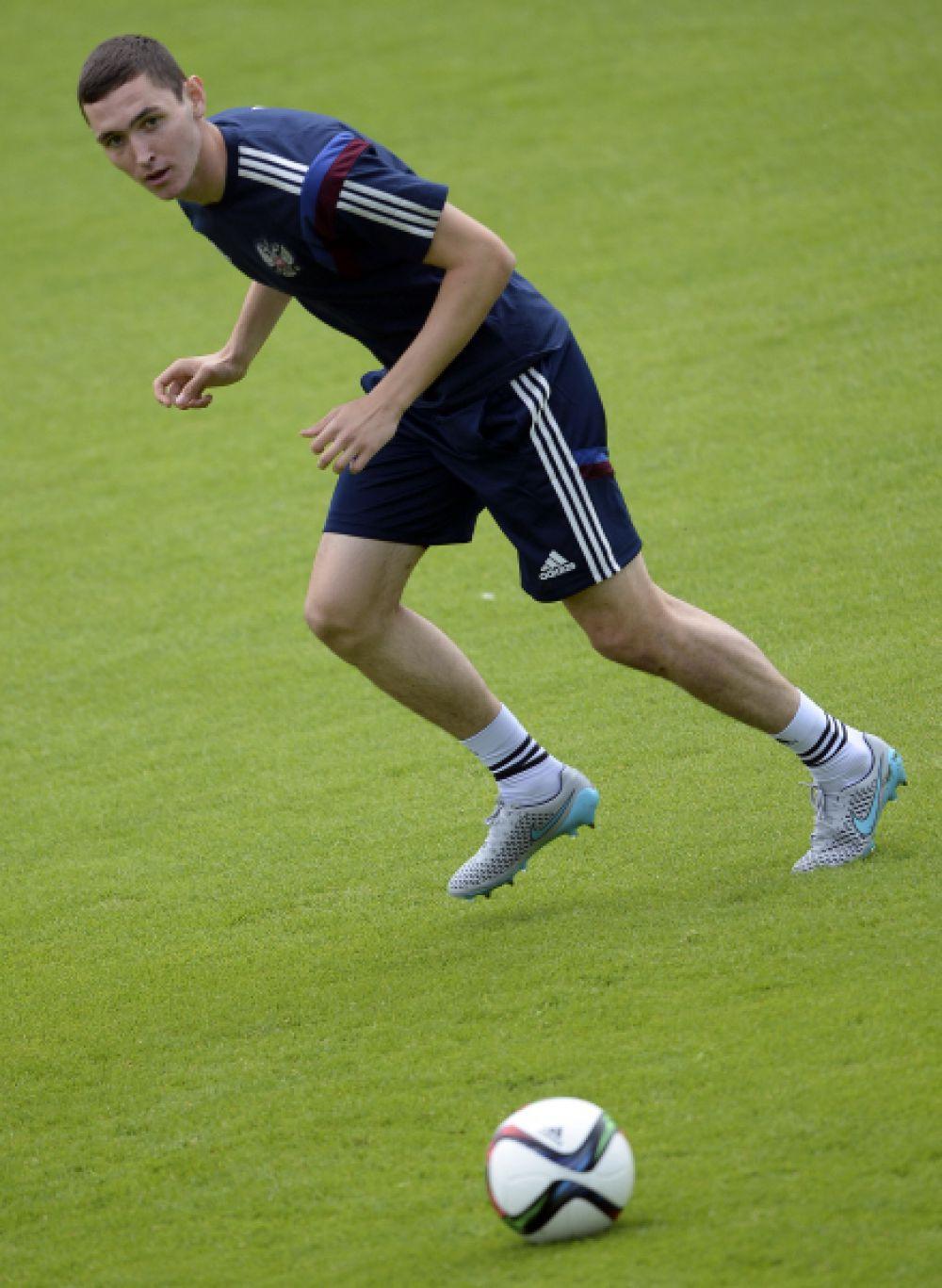 Защитник  Никита Чернов начинал свою карьеру в волжской «Энергии». Сейчас он защищает цвета московского ЦСКА.
