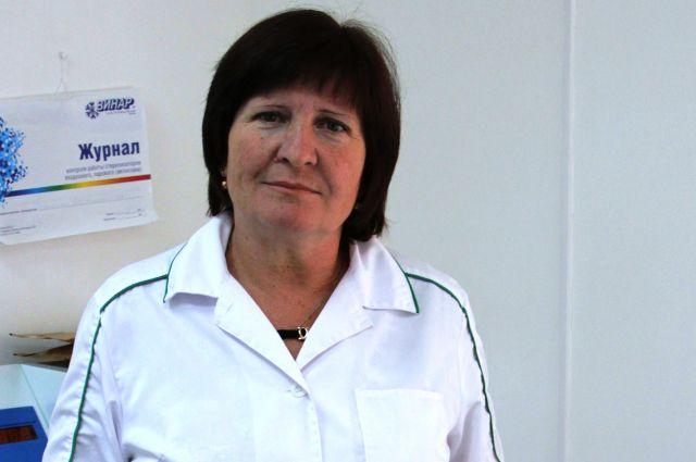 Валентина Сафонова и её коллеги круглосуточно следят за  здоровьем работников  предприятия.