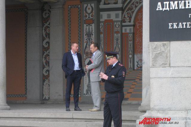 Губернатор встал на защиту мэра Екатеринбурга ради горожан