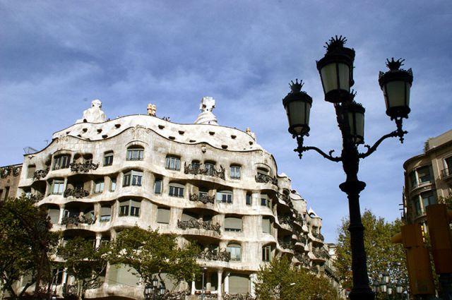 Барселону посетят рекордные 7,6 млн туристов, что в 4,5 раза превышает число местных жителей