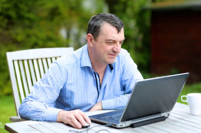 Новосибирцы с самого утра начинают сидеть в Интернете