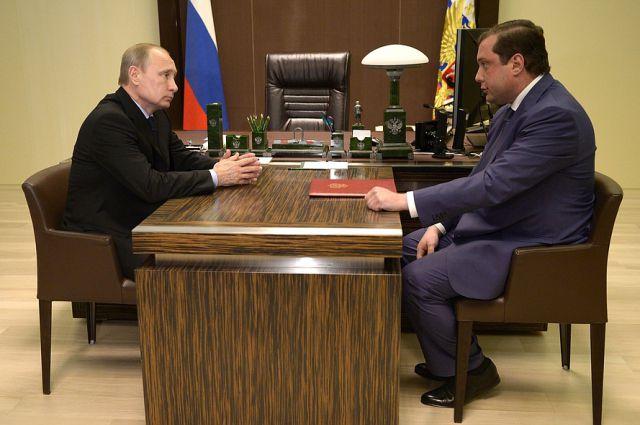Владимир Путин и Алексей Островский.