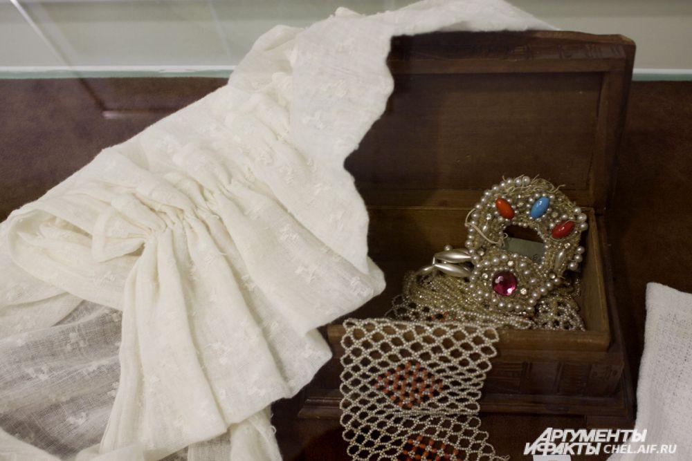 Украшения невесты могли передаваться по наследству.