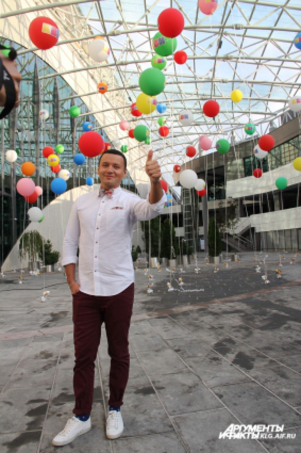 Александр Олешко признался, что даже не мечтал о том, что о нем будут шутить в КВН, о том, что он когда-нибудь будет сидеть в жюри фестиваля.