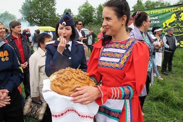 На Камчатке все народы живут в мире, любви и согласии.