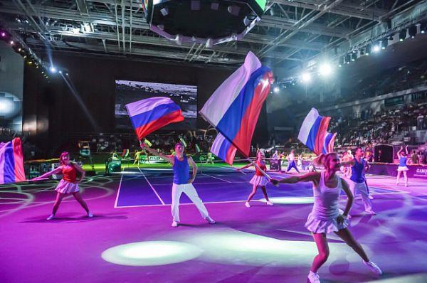 Шоу-программа на открытии соревнований.