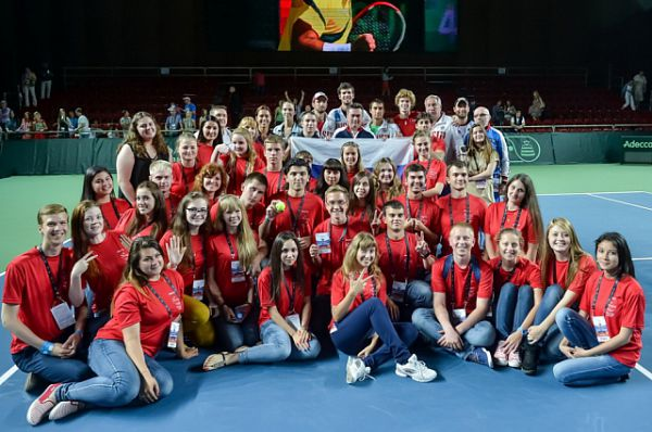 Волонтёры активно помогали в проведении игры.