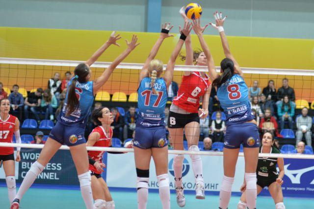 Волейболистки «Уралочки» завершили первый сбор нового сезона
